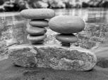 pierres en équilibre